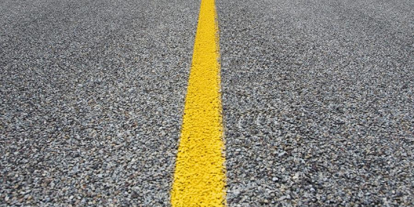 ОБЩЕСТВО На российских дорогах появилась желтая разметка